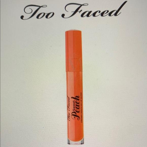 too faced creamy sweet peach oil lip gloss
